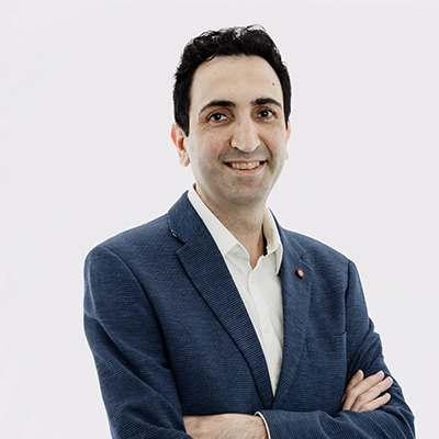 Dr Seyed Movahedian