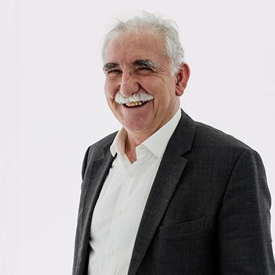 Dr Thomas Vaiopoulos